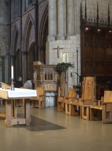 Pulpit and Advent Wreath at Southwark Cathedral