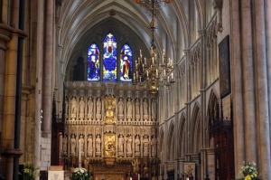 East End Reredos, Pascal Candle and Chandelier at Southwark Cathedral