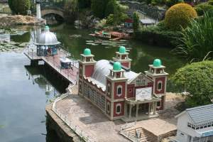 Bekonscot Pier and Pavilion Theatre