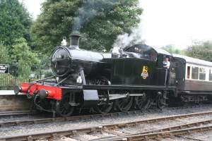5526 – GWR 4575 Class 'small prairie' 2-6-2T