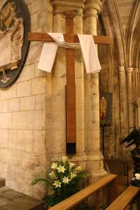 Cross and shroud at Southwark Cathedral