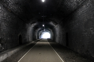 Inside Headstone Tunnel looking towards the northern portal