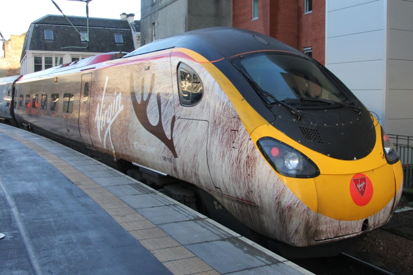 Traindeer 390 112 at Glasgow Central