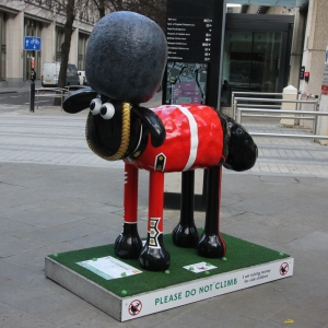 Shaun in the City - 30. The Guardian