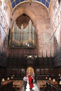 Entrance to The Choir showing the east side of the organ.