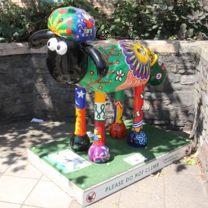 Shaun in the City – 52. Maisy and Friends