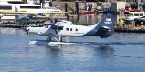Harbour Air DHC-3 Otter C-FHAA (309) and Kenmore Air DHC-3 Otter N90422