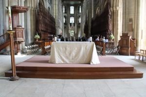 Peterborough Nave Altar