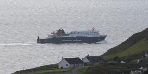 MV Hebrides leaving Uig