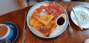 French Toast, with bacon and maple syrup