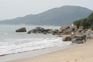 Upper Cheung Sha Beach